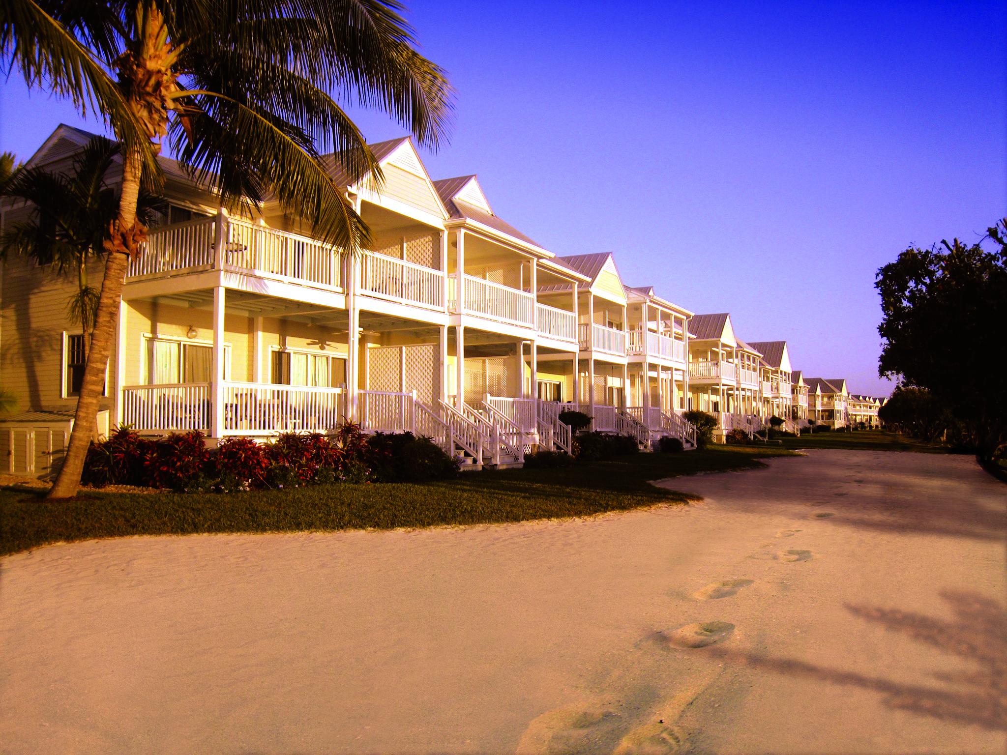 Village Of Hawks Cay Sunset Villas By Coco Plum